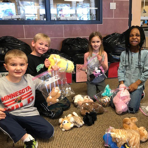 Students Collect Teddy Bears